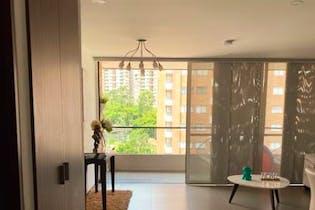 Apartamento en venta en Loma Del Escobero con Piscina...
