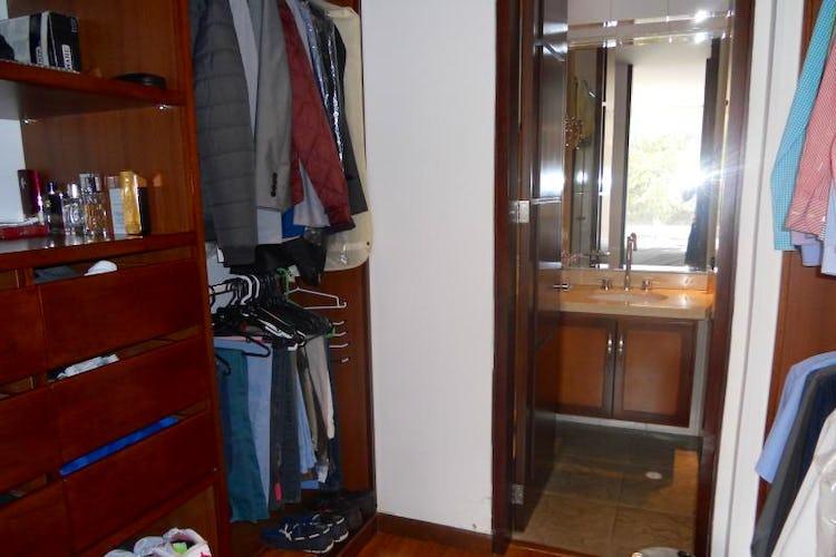 Foto 10 de Apartamento En Venta En Bogota Chico Reservado
