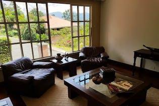 Casa en venta en Poblado de 4 habitaciones