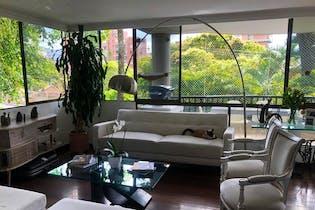 Apartamento en venta en Poblado de 3 habitaciones