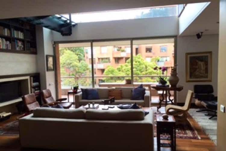 Portada Apartamento En Venta En Bogota-Chapinero, cuenta con 6 garajes y deposito.