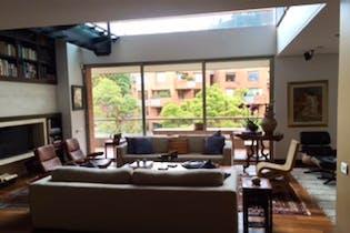 Apartamento En Venta En Bogota-Chapinero, cuenta con 6 garajes y deposito.