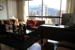 Apartamento en venta en Loma Del Campestre de 4 hab.