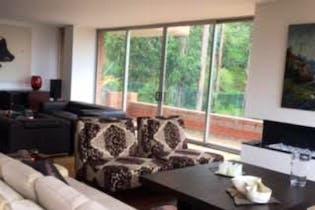 Apartamento En Bogota Bosque Del Marques cuenta con 4 alcobas y estudio.