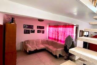 Casa en venta en  Gabriel Ramos Millán de  3 recámaras