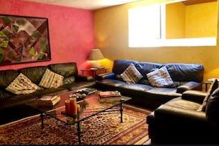 Casa en venta en Lomas De Vista Hermosa de 3 hab.