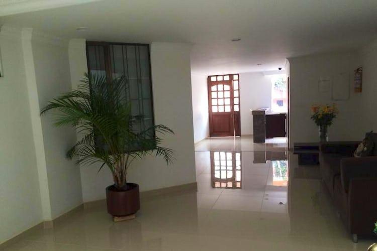 Foto 17 de Apartamento en Bogota Santa Barbara Occidental - tres alcobas c/u con baño