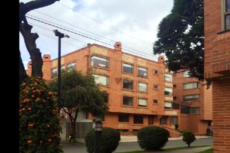 Foto 18 de Apartamento en Bogota Santa Barbara Occidental - tres alcobas c/u con baño