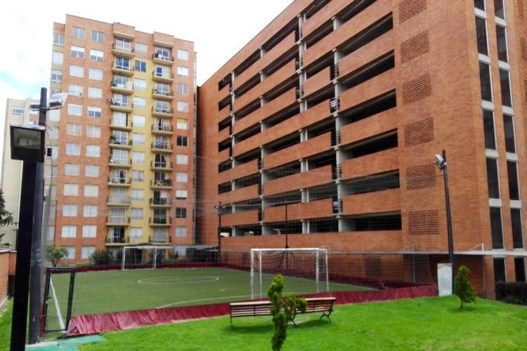 Foto 3 de Apartamento En Bogota-Marsella con vista exterior a los cerros.