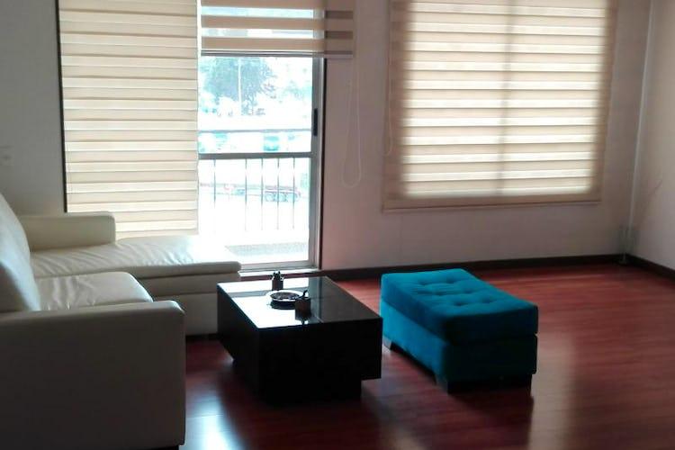 Foto 4 de Apartamento En Bogota-Marsella con vista exterior a los cerros.