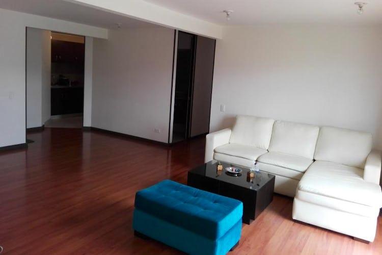 Foto 5 de Apartamento En Bogota-Marsella con vista exterior a los cerros.