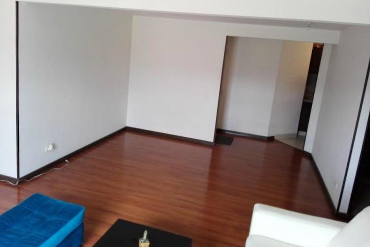 Foto 8 de Apartamento En Bogota-Marsella con vista exterior a los cerros.