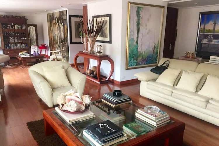 Portada Apartamento En Bogota La Cabrera- 3 alcobas- chimenea