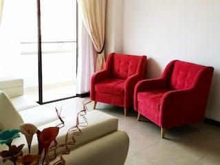 Una sala de estar llena de muebles y una ventana en Apartamento en venta en Barrio Obrero, 72mt con balcon
