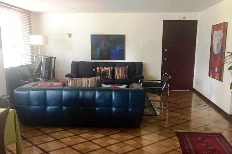 Portada Apartamento En Venta En Bogota Chico Reservado, con tres alcobas.