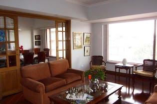 Apartamento en Bogota Santa Barbara - con dos garajes
