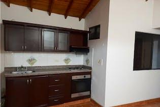 Apartamento en venta en La America con acceso a Balcón