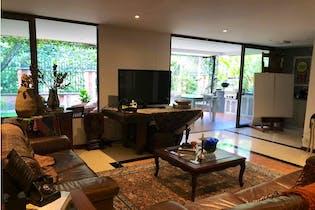 Casa en venta en Envigado, 335m² con Piscina...