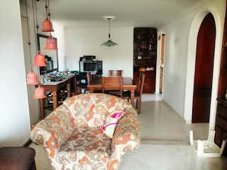 Una cama sentada en una habitación junto a una ventana en Apartamento en venta en Simón Bolívar, 97mt