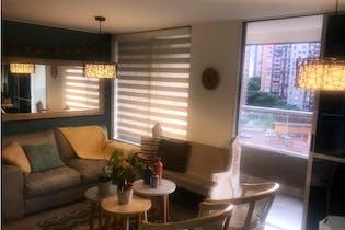 Apartamento en venta en Loma de los Bernal, 83mt con balcon