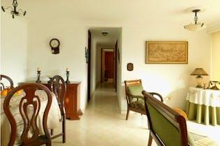 Apartamento en venta en Loma de los Bernal, 93mt con balcon