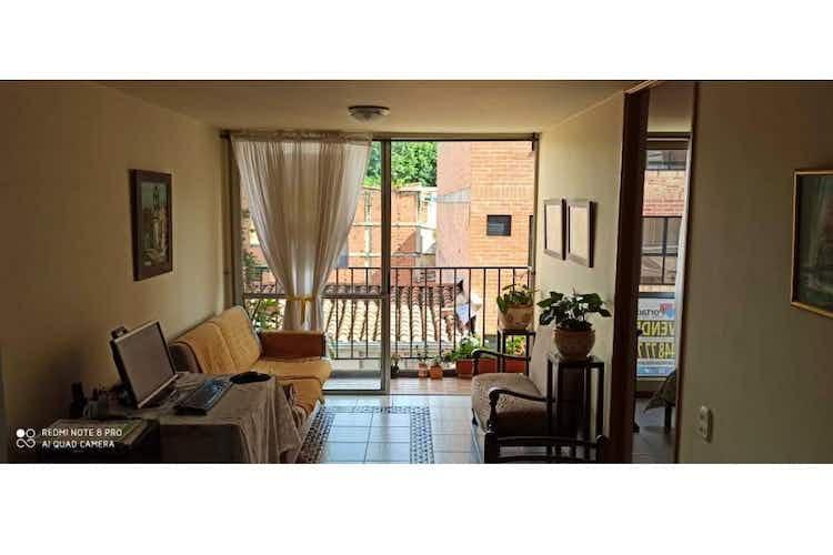 Portada Apartamento en venta en Simón Bolívar, 60mt con balcon