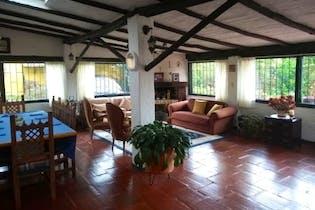 Casa en venta en Canavita con Jardín...