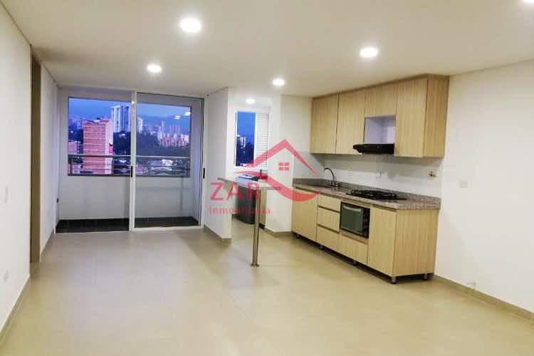 Portada Apartamento en venta en Calle Larga, 65mt con balcon