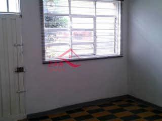 Una ventana que tiene una ventana en ella en Casa en venta en Boston, 180mt con dos patios
