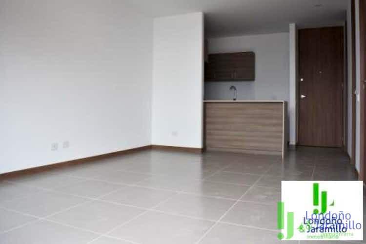 Portada Apartamento en venta en Loma del Escobero, 60mt con balcon