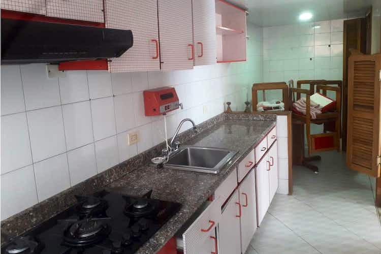 Portada Casa en venta en Contador de  4 habitaciones