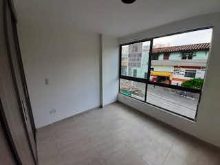 Una vista de un cuarto de baño con una puerta de cristal en Apartamento en venta en Caicedo de dos alcobas