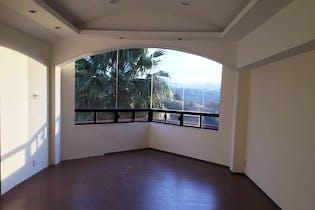 Casa en venta en Lomas De Tecamachalco de 450m²