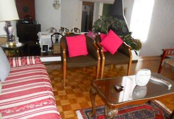 Casa En Bogota Contador cuenta con 4 habitaciones y dos baños