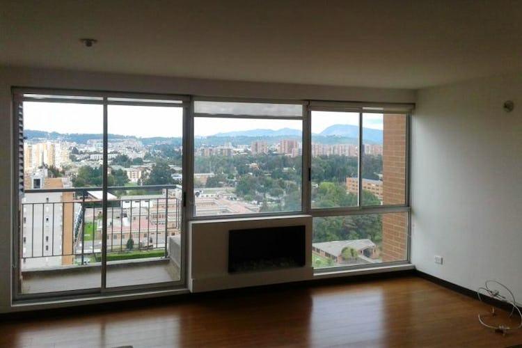 Portada Apartamento en Santa Teresa, San Cristobal Norte - 87mt, tres alcobas, chimenea, balcón