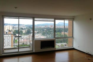 Apartamento en Santa Teresa, San Cristobal Norte - 87mt, tres alcobas, chimenea, balcón