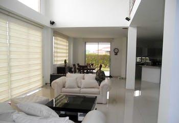 Casa en venta en El Abra de 3 habitaciones