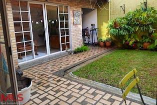 Casa en Loma del Escobero, Envigado - Cinco alcobas