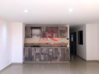 Una cocina con lavabo y microondas en Apartamento en venta en Simón Bolívar de tres habitaciones