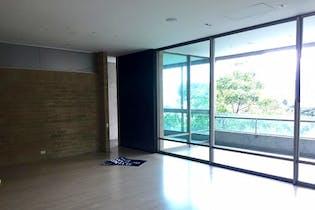 Apartamento en venta en Los Balsos de 280m² con Piscina...