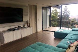 Casa en Bogota Altos De Bella Suiza - con jardines y terrazas