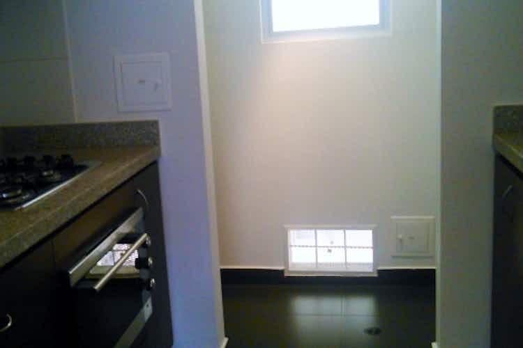 Portada Apartamento en venta en Modelo de 2 Habitaciones