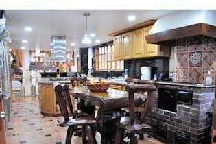 Casa en venta en La Floresta de 215m² con Bbq...