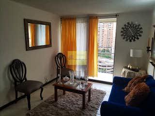 Una sala de estar llena de muebles y una ventana en Apartamento en venta en La Loma de los Bernal, 68mt con balcon