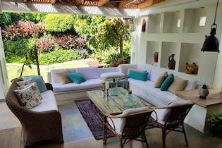 Casa en venta en Loma Benedictinos de 4 hab.