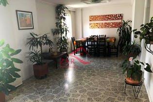 Apartamento en venta en Los Almendros de cuatro habitaciones