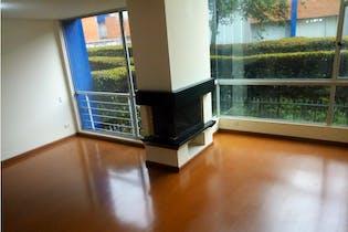 Casa en venta en Colina Campestre, 255mt de cuatro niveles