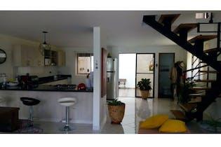 Casa en venta en La Ceja con Jardín...