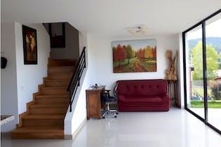 Casa en venta en El Retiro, 212m² con Balcón...
