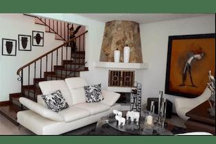 Casa en venta en El Poblado de 270m² con Bbq...